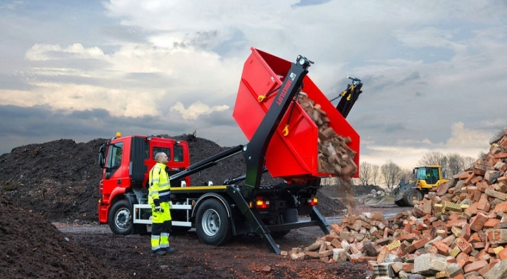 HIAB Remote Control Skip Loaders-1